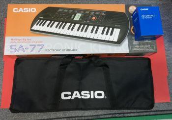 CASIO SA-77 Tastiera con 44 Minitasti con Alimentatore e Borsa