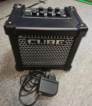 ROLAND Micro Cube GX Combo per chitarra 3 w usato