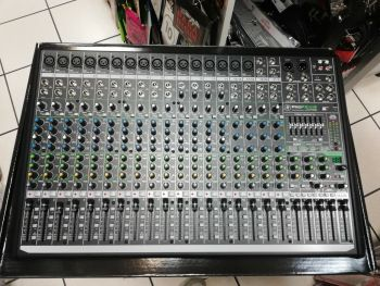 MACKIE ProFX22v2  Mixer con effetti prezzo B-Stock