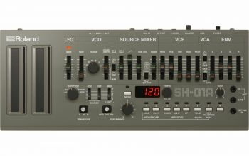 Roland SH-01A Sintetizzatore