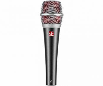 Se Electronics V7 Microfono dinamico per uso live